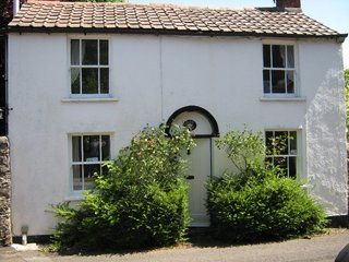 CHURCH COTTAGE Blagdon, Somerset