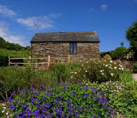 THE OWLERY Dittiscombe Holiday Cottages, Slapton, Nr Kingsbridge, South Devon